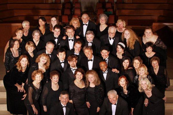 A photo of the entire Verdi Chorus.